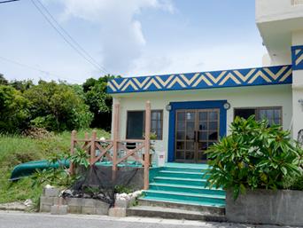 西表島のレストランROCO(営業要確認)「看板がなくなったので営業しているか否か微妙」