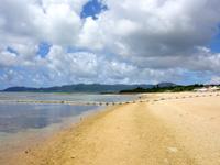 石垣島のフサキビーチ - ホテル前はやや浅瀬