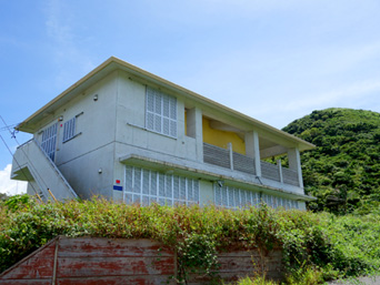 石垣島の伊原間サンセットファーム(閉鎖)「建物はそのまま残っています」