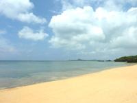 八重山列島 石垣島の崎枝ビーチの写真