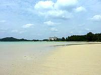 石垣島の底地ビーチ - 潮の干満によっては良い感じになることも
