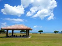 石垣島の舟蔵公園/真喜良公園 - 休憩所も絵になっています