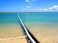 石垣島の南ぬ浜町ビーチ - 遊泳範囲を決められています
