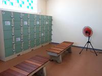 石垣島の南ぬ浜町ビーチ - ロッカーや更衣室は広々