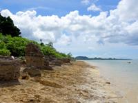 石垣島の山原海岸/ヤマバレビーチ - 岩場がメインだけど泳げます