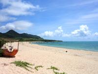 石垣島の船越海岸/フナクヤ浜 - 明石海岸方面を見る