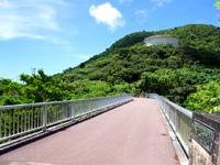 石垣島のパンナ岳公園東/バンナ岳公園東 - バラビドー農園側の出入口