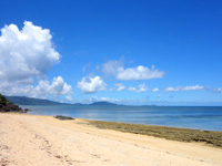 石垣島の野底崎/野底南のビーチ - 米原側を見るとこんな感じ
