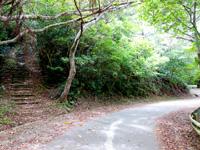 石垣島の前勢岳展望台 - ここからも行けますが・・・