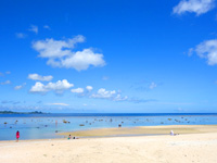 米原ビーチ 川平側(有料駐車場)(八重山列島/石垣島のビーチ/砂浜)