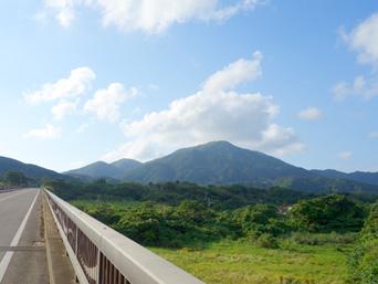 石垣島の於茂登岳「沖縄県内で最高峰の山」