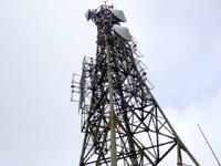石垣島の於茂登岳頂上1 - 鉄塔の上がホントの沖縄最高峰w