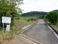 石垣島の野底マーペー/野底岳 - 野底集落側からの林道入口