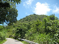 石垣島の「屋良部岳」