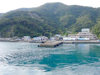 加計呂麻島の瀬相港(加計呂麻島北部/西部の玄関口)