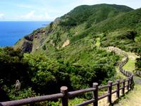 加計呂麻島の安脚場戦跡 - 太平洋の水平線も眺められます