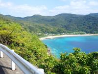 加計呂麻島の須子茂の海 - 何気ない道路から見える絶景!