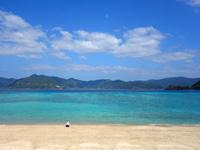 加計呂麻島の実久海岸/実久集落 - 渡嘉敷島のトカシクに似ている海