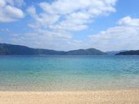 加計呂麻島の芝海岸/芝集落 - 大島海峡に面するビーチです