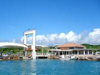 小浜島の小浜港