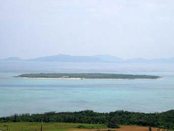 嘉弥真島/嘉弥間島/カヤマ島