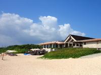 小浜島のはいむるビーチ/はいむるぶしビーチ - ビーチハウスはビジターでも利用できるみたい
