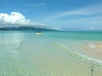 浜島の浜島の潮目:小潮 - 西表島側に円弧が伸びていきます