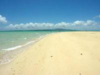 浜島の浜島の砂浜:大潮 - 早めに行けば足跡の無い砂浜も!?