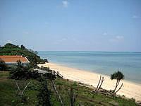 小浜島の北側のビーチ - 北向きの数少ない小浜のビーチ