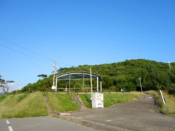 小浜島のちゅらさん広場/小浜節の碑「大岳入口にある広場です」