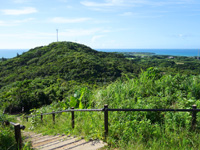 小浜島の西大岳展望台/ちゅらさんの碑 - 大岳も一望できます