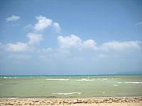 屋我地島の済井出ビーチ/ソルトビーチ食堂/屋我地の塩工場 - 海はかなりの遠浅かも?