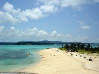 古宇利ビーチ/トゥンヂ浜(沖縄本島離島/古宇利島のビーチ/砂浜)