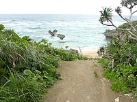 古宇利島のハートロック/ハート岩/ティーヌ浜 - 多分この場所は今も変わっていないかも