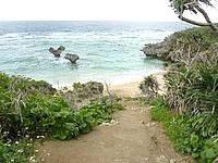 古宇利島のハートロック/ハート岩/ティーヌ浜の写真