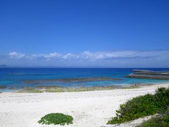 久高島のメーギ浜「港というか待合からすぐに行けるビーチ」