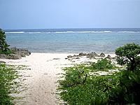 久高島のイシキ浜/伊敷浜