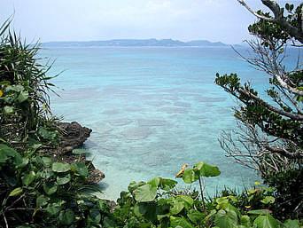 久高島のオウルシー「一応海は望めますが・・・」
