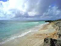 久高島のたち浜/立浜 - 満潮時はかなり砂浜が減るかも?