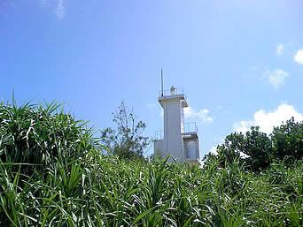 久高島のメーギ浜の灯台