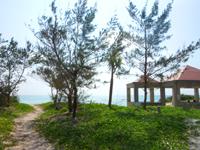 久米島のイーフビーチ - 青い海に白い砂です