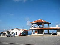 久米島の比屋定バンタの展望台 - 展望台は2階建てでもちろん2階がおすすめ