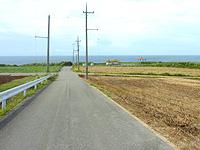 久米島のタチジャミ自然公園/久米島県立自然公園 - 駐車場やトイレが入口部分に整備