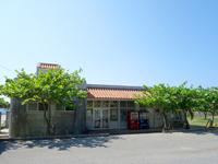 久米島のパーラーシンリ浜/キャンプ場