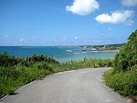 アーラ浜への道