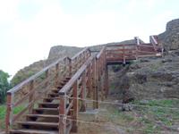 久米島の具志川城跡 - 2008年時にはデッキによる階段があった