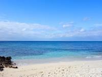 来間島の長崎浜 - この先の島は無い(あっても八重山)