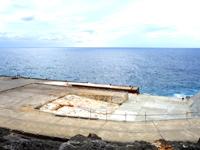 南大東島の西港/南大東港 西地区 - 移動待合所ができました!