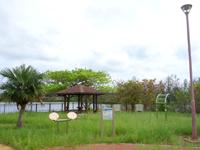 南大東島の瓢箪池/月見池/月見橋 - まさに瓢箪型の池?
