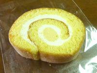南大東島の太陽ぬ家/てぃーだぬやー - 島のロールケーキ(味は普通)